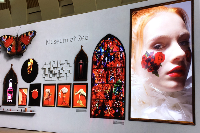 S/PARK 映像「Museum of Red」(フェイス)ヘアメイク作品を百合佐和子が担当