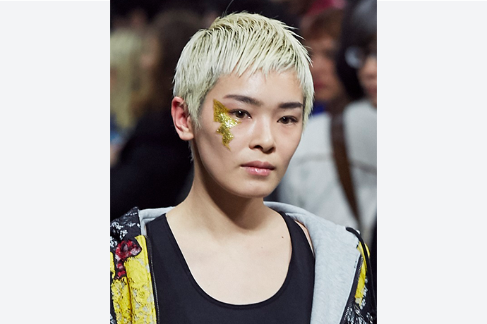 Fashion通信「Beauty Moment#12」計良 宏文 & 贄田 愛