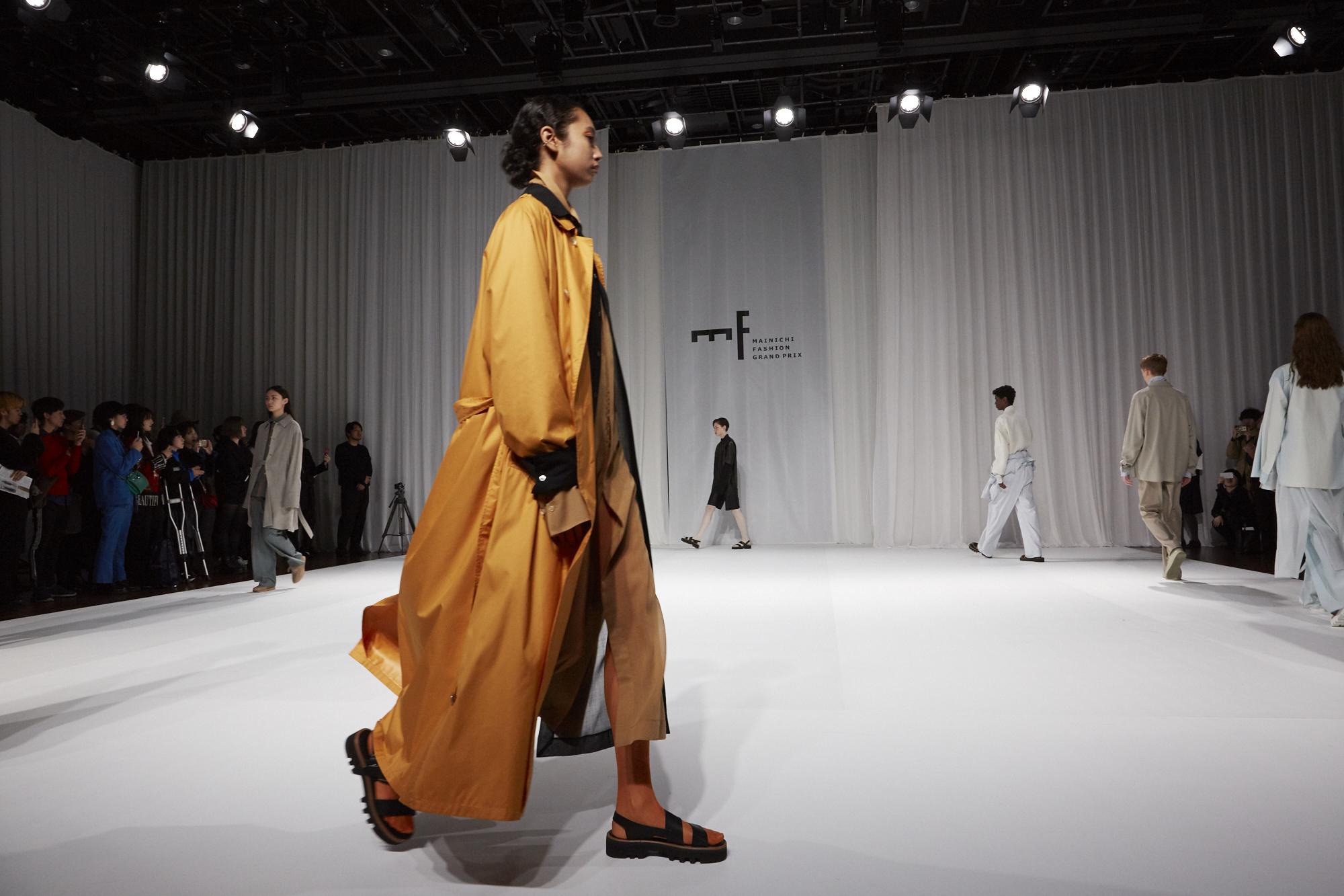第37回 毎日ファッション大賞 新人賞・資生堂奨励賞 AURALEEファッションショー